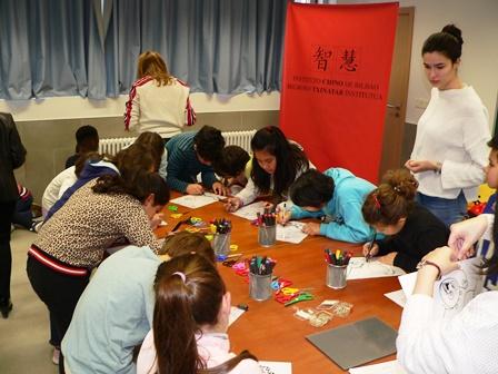 Talleres de cultura china en el colegio Legarda de Mungia
